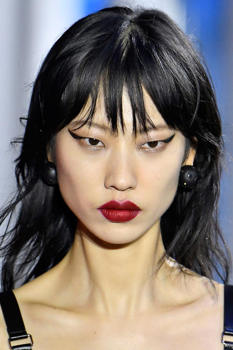 Makeup Trends Red-lips Louis Vuitton Fashion Week 2019